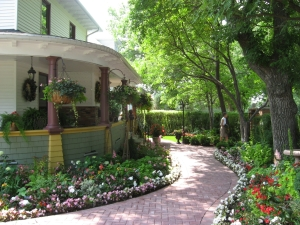 An old house garden