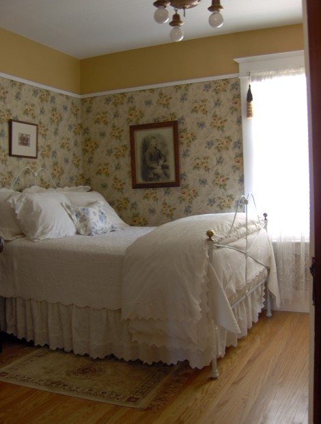 A century home bedroom.