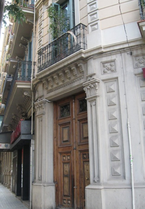 Entrance to our apartment in the Eixample district three blocks away from the Sagrada Familia
