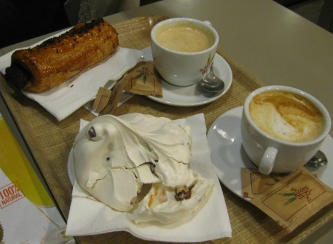 coffee break in Figueres