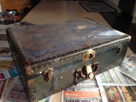 antique trunk before restoration